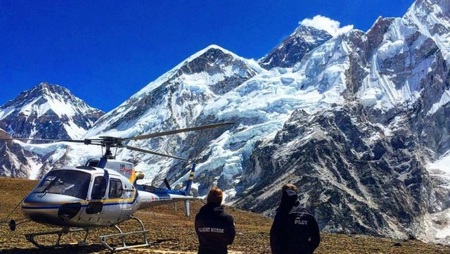 Everest Tour on Helicopter